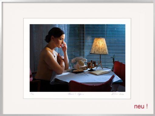 Horst Kistner | Hoovers Affair ist eine geheimnisvolle Szene mit Frau und Telefon.